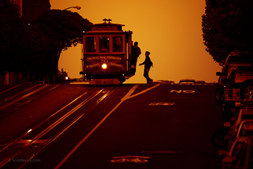san francisco streetcar at dusk